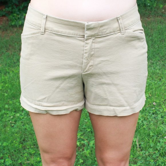 Old Navy Pixie Khaki Shorts